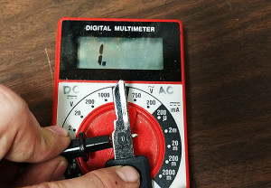 Reading a vats key with a multimeter